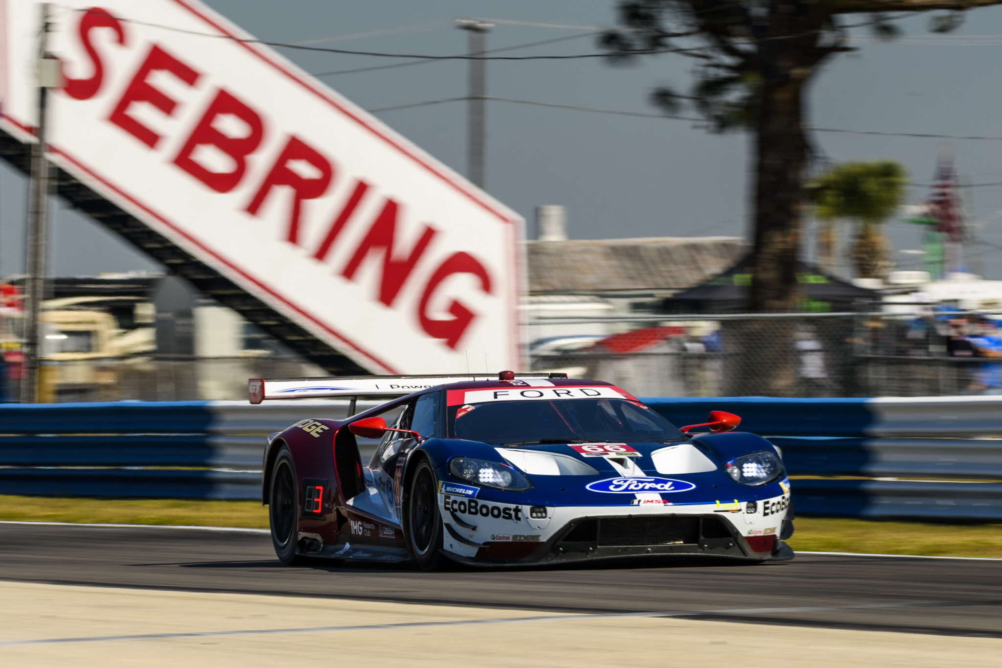 12 Hours of Sebring GTLM Title Proves Elusive for Ford Chip Ganassi Racing